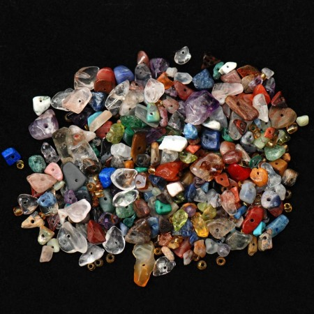 Fargeblanding av smykkesteiner